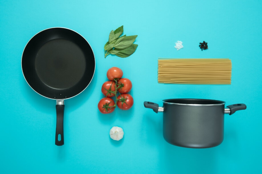 Cookware for newlywed couple