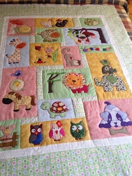 Animal baby quilt style