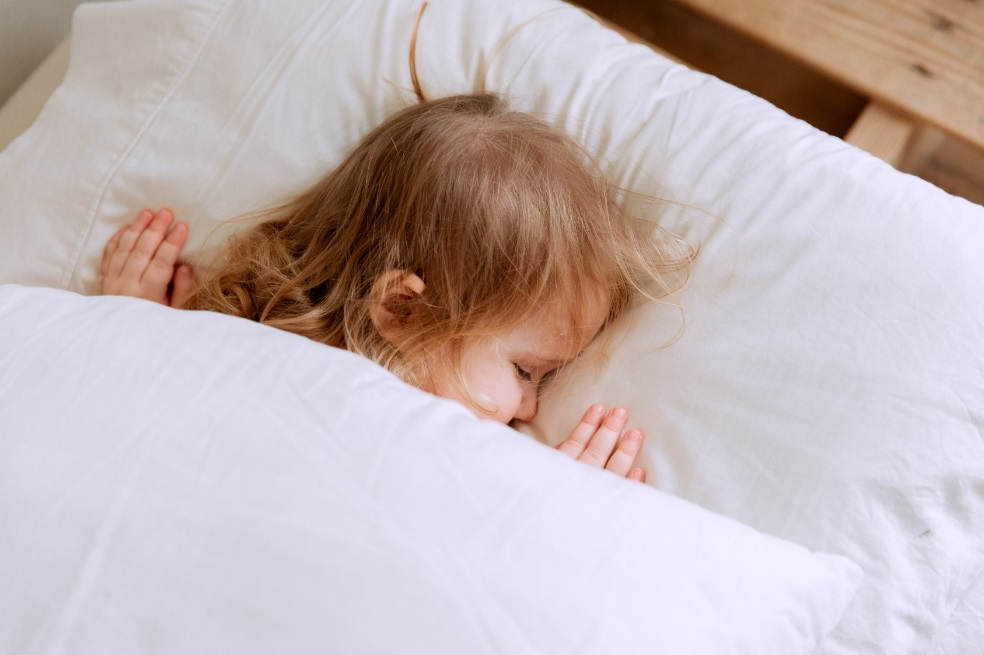 HOW LONG DOES INFANT SLEEP REGRESSION LAST