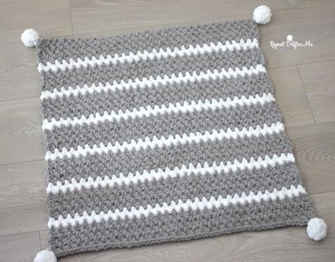Single stripped baby quilts